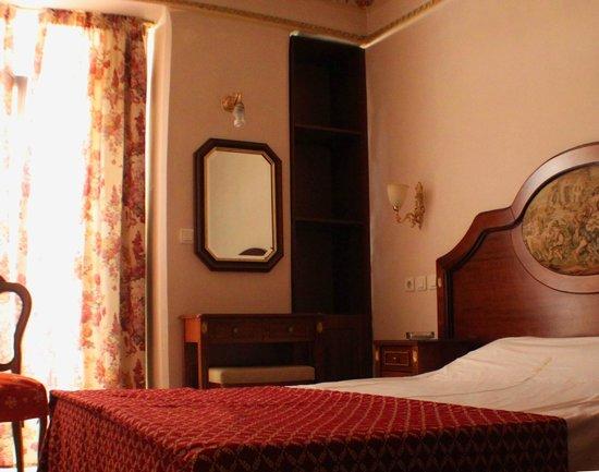 A.D. Imperial Palace Hotel Thessaloniki : Πολυ ρομαντικο δικλινο δωματιο