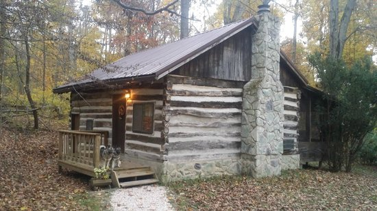 Ole Mink Farm Recreation Resort: Quiet Oak Cabin