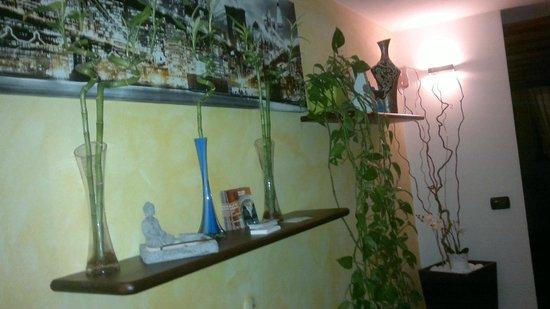 Zen Room&Breakfast: corridoio hotel
