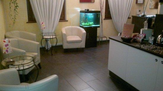Zen Room&Breakfast: luonge room con bevande calde e fredde gratis