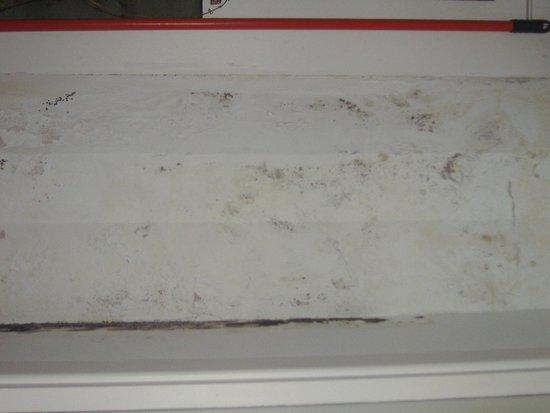 Albergue Azabache: PARED COCINA