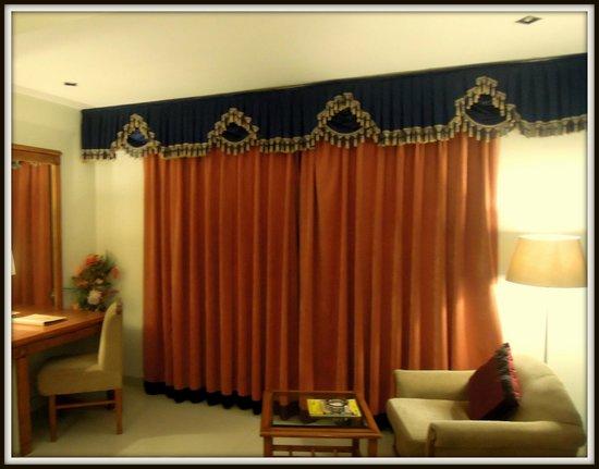 Hotel Shri Ram Excellency: Room...1