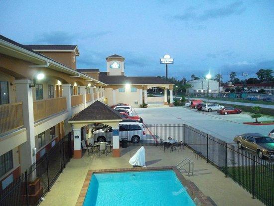 Days Inn Humble/Houston Intercontinental Airport: Piscina