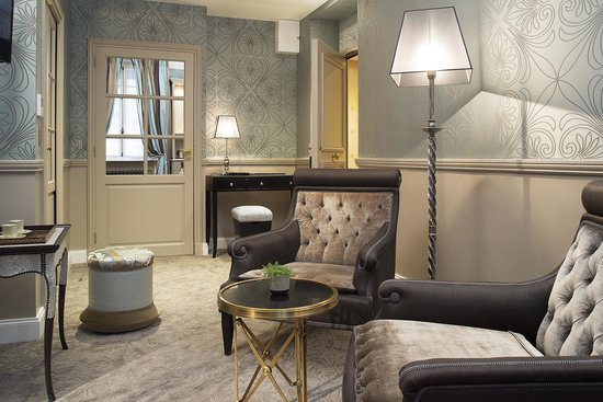 West-End Hotel : Chambre Junior Suite Salon
