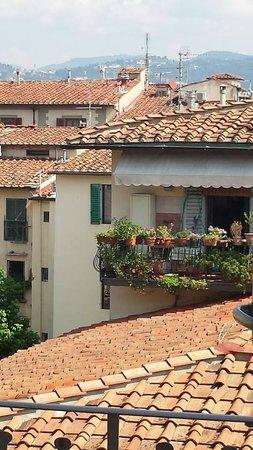 Hotel Fiorita: Vista da Janela - dia