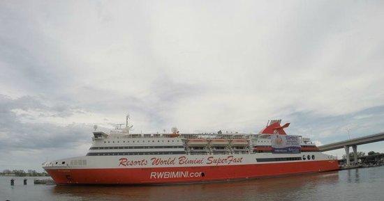 Barco de Miami a Biminis