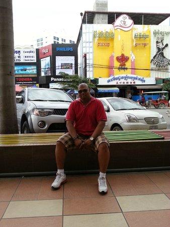 Jasmin Monument Hotel : Amos Pillai