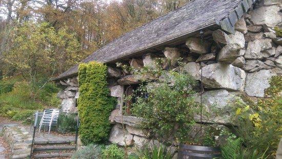 Ty Mawr Farm : Ugly house