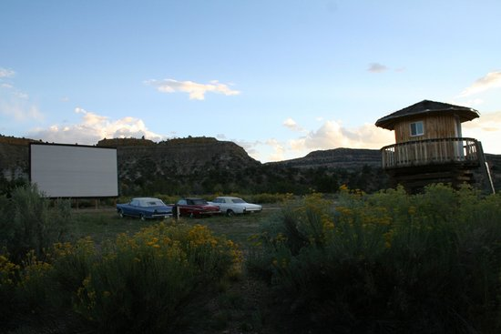 Shooting Star RV Resort: Drive-in movie theater and projector tower