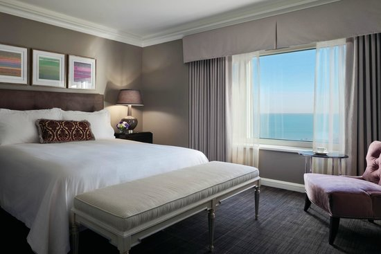 Four Seasons Hotel Chicago Lake View Room