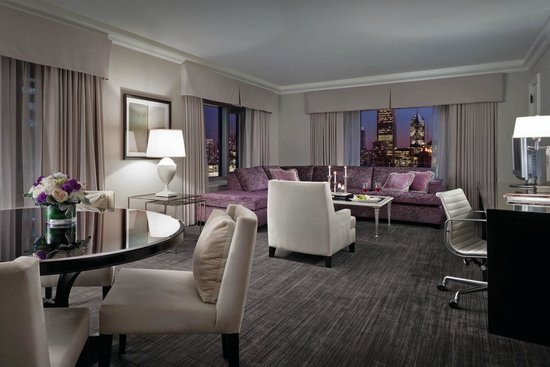 Four Seasons Hotel Chicago : Deluxe One-Bedroom Suite