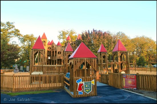 Doylestown, Пенсильвания: Kids Castle (c) Joe Salvati
