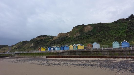 Sea Marge Hotel: Beach Huts below the Hotel