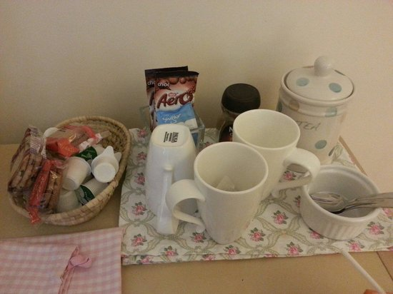 Cables B&B : Lovely guest tray