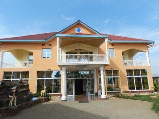 Ngozi Province, Burundi : entree de l'hotel  ,bienvenu