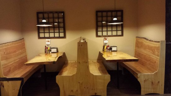 Black Mtn. Burger Co. : Custom-made benches are just perfect for dining