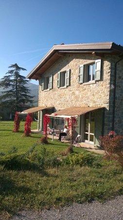 Borgo Pianello: ontbijten op terrasje