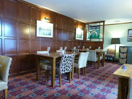 Dining at The Sea Trout Inn: a quiet day