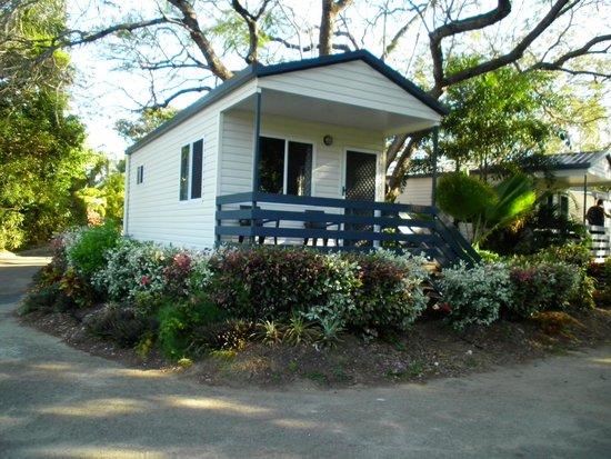 Riverside Tourist Park : Our cabin