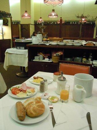 Graben Hotel: 朝食