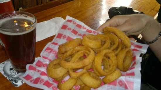 The Grand Restaurant and Saloon : onion rings