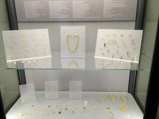 National Archaeological Museum: Artefatos em ouro