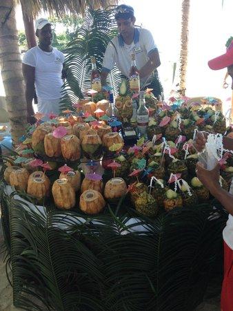 Luxury Bahia Principe Cayo Levantado Don Pablo Collection: nice display