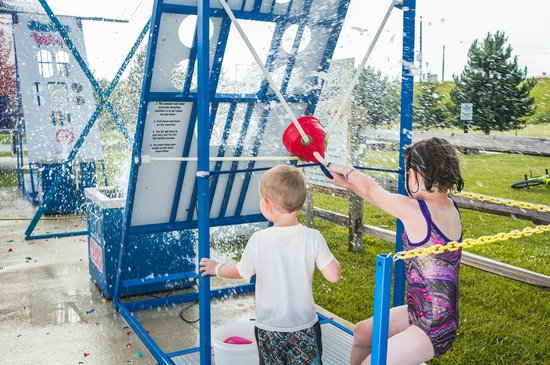 Caboose Lake Campground : Water wars is an all ages game included in the Summer Beach Family Fun Zone