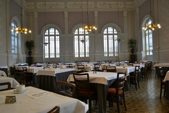 Balneario Termas Pallares - Hotel Parque: Salon comedor