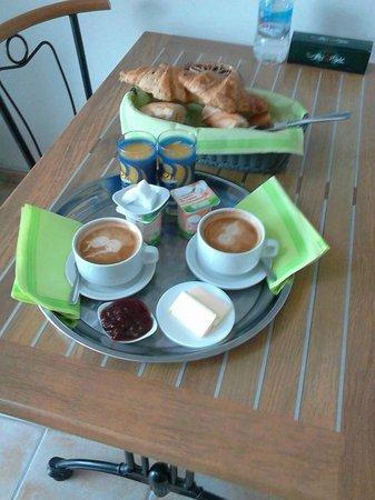 Appart Hotel Mon Calme : petit déjeuner