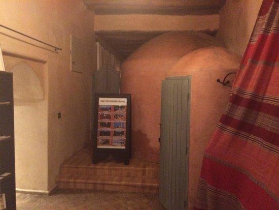 Riad Misria & SPA: Entrée / sauna