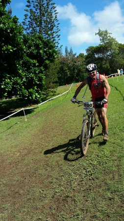 Krank Cycles: Coming in from the grueling bike at the Xterra World Championship in Kapalua.
