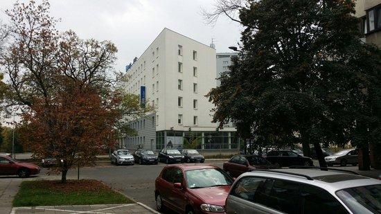 Ibis Budget Warszawa Centrum: Hotel z zewnątrz