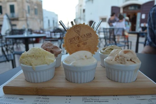 Cremeria alla Scala: Gelato degustazione - five amazing flavours