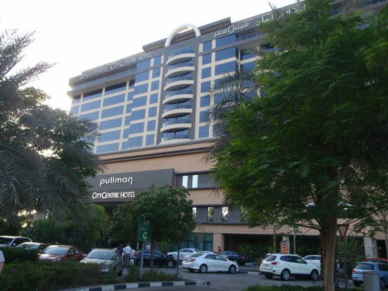 Pullman Dubai Creek City Centre: Hotel Exterior