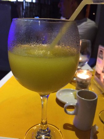 Z Gastro Bar: Passion fruit juice