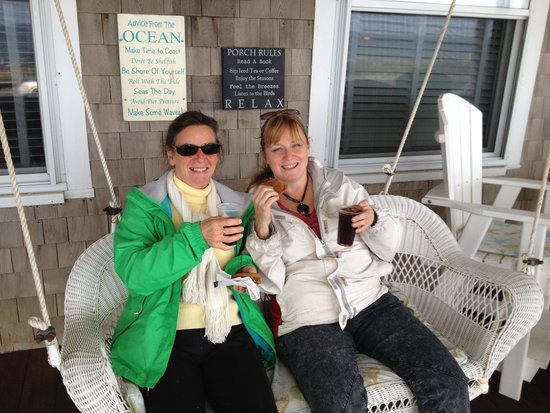 Isabelle's Beach House: Loved the porch and cookies with my sister.