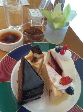 Cafe De Bijoux