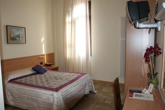 Hotel Padova Casa del Pellegrino: Room 258, superior room