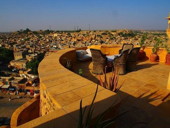 Hotel Killa Bhawan: view from errace, pm