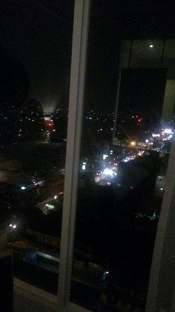Pemandangan Di Malam Hari Dari Lantai 8 Picture Of Ibis Styles