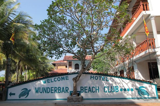 Wunderbar Beach Club Hotel: After the Renovation 2014
