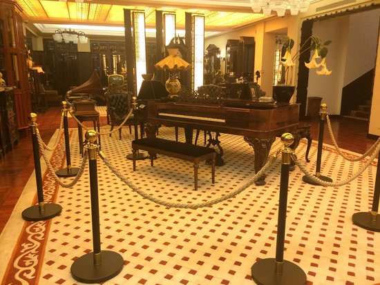 The White House Hotel Guilin: Lobby