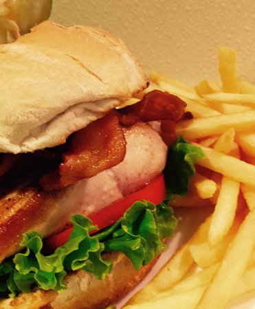 Hamburger Heaven: Grilled Salmon BLT