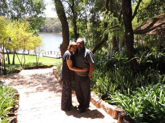 Faircity Roodevallei: A happy couple