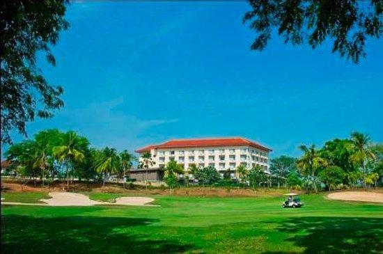 green golf view picture of puri kiic golf view hotel karawang rh tripadvisor com
