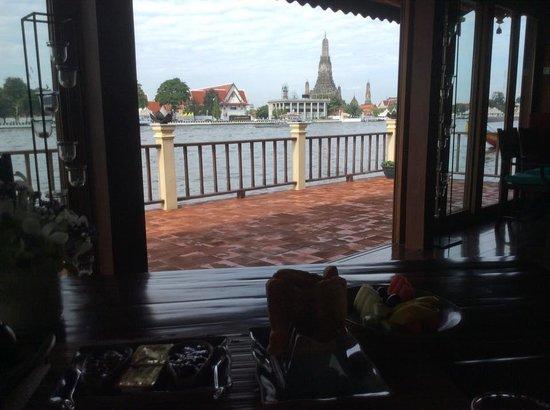 شاكرابونجس فيلاز: Breakfast view