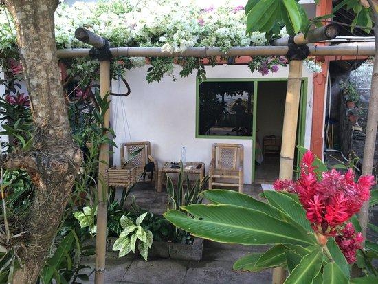 Ari Homestay: bungalow