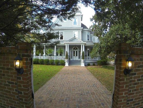 Ashford Manor Bed and Breakfast: Zugang