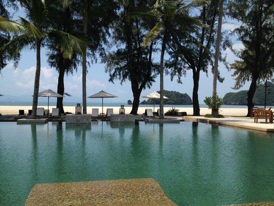 Tanjung Rhu Resort: great pool